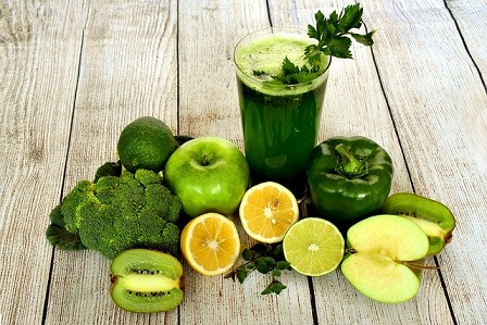 This image has an empty alt attribute; its file name is juicing-fruits-for-health.jpg